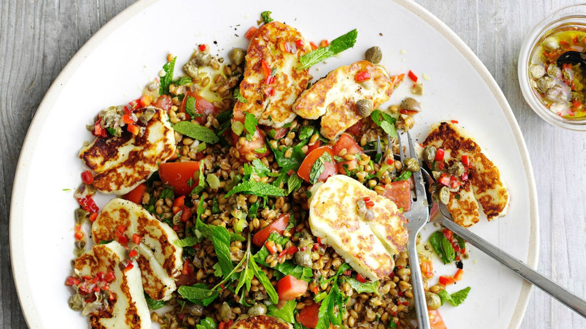 This halloumi salad also makes a great lunch