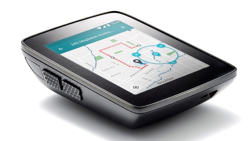 The Hammerhead Karoo has a color touchscreen that the company claims works as well as modern smartphones, plus buttons if you prefer to operate it that way