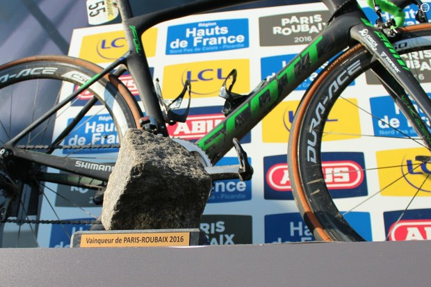 To the victor, the spoils. Mathew Hayman won the 2016 Paris-Roubaix aboard a Scott Foil
