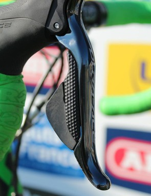 Some say Di2 is hard to shift or feel well on the cobbles. Hayman managed