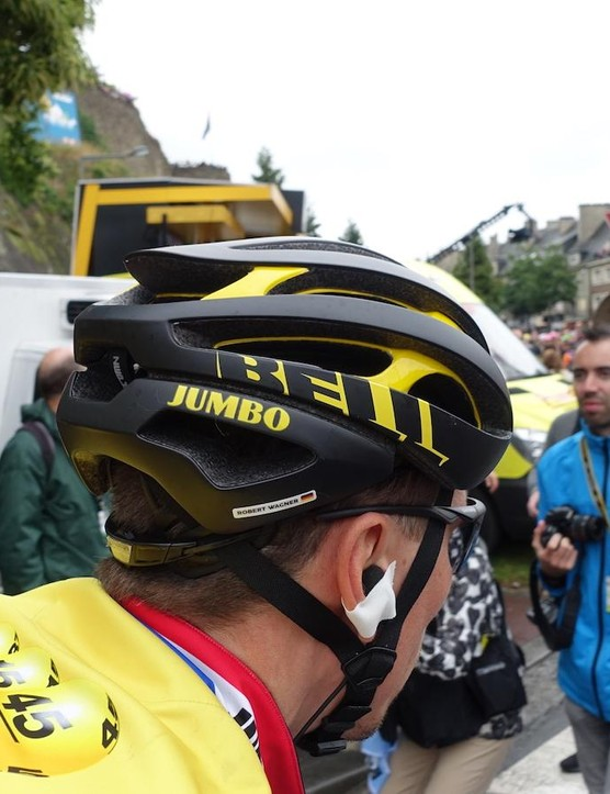 The rear of the helmet is more rounded than the Gage, the previous top of the line road helmet from Bell