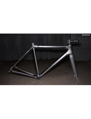 Holland's lugged carbon frame and custom fork earned a well-deserved Honorable Mention in the Layup category