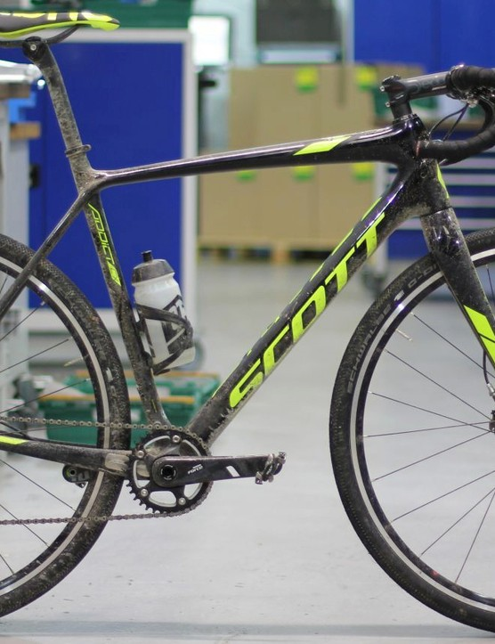 This year's 3 Peaks winning bike — the Scott Addict CX