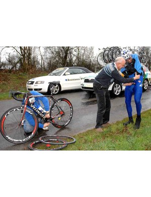 Kevin Hulsmans suffers at the 2008 Paris-Nice stage 1.