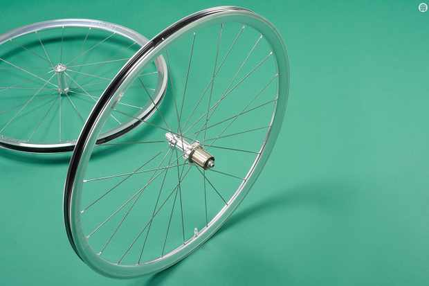 Retro looks disguise state-of-the-art alloy performance