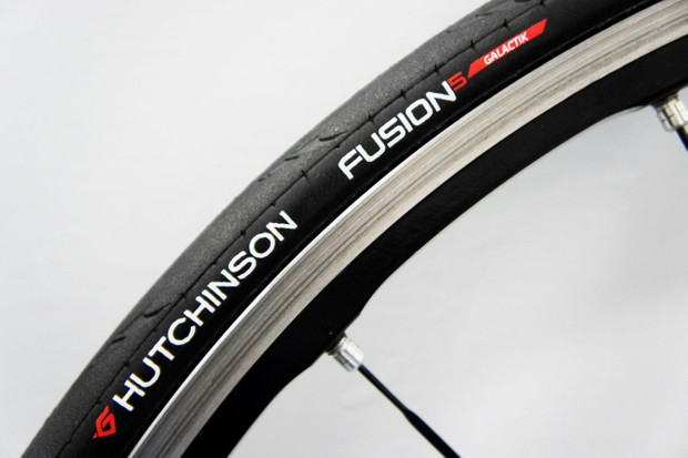 The Fusion 5 Galactik is Hutchinson's new top-end road tire, weighing just 180g in 23mm width