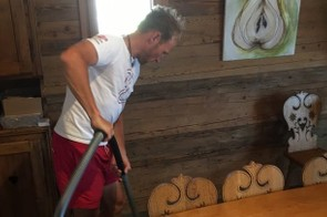 Even former pros have to do the housework