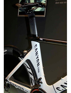 The aero section seat tube has a huge cutout to accommodate the rear wheel.