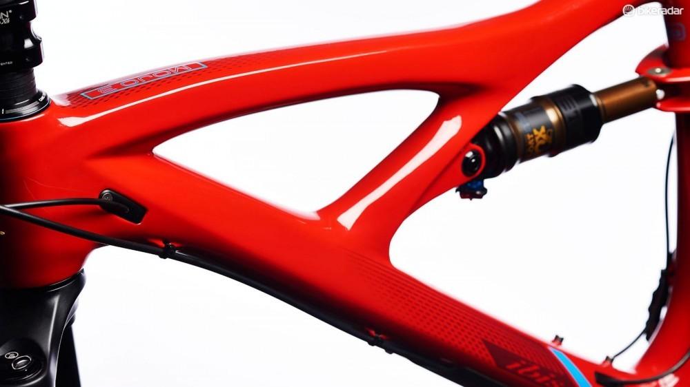 ibis-curves-1456177496309-l6u46j9oxaae-1000-90-59f5d99