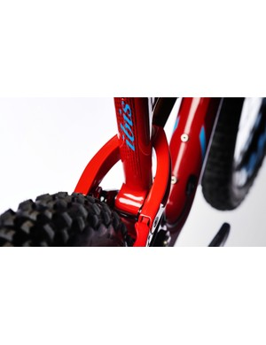The Mojo 3 offers ultra wide clearance and will accommodate 2.8in rubber