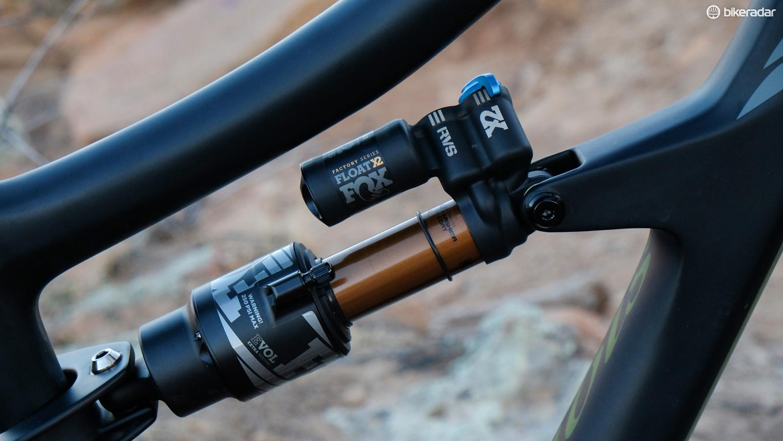 The Fox Float X2 is an optional upgrade over the Float DPX2