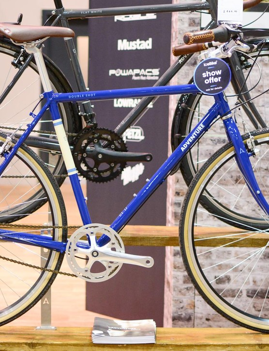 The steel Double Shot from Adventure Outdoor Co. is a stylish machine out to prove that cantis aren't dead. It sports a 3-speed rear hub and costs £449.99