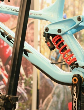 Rachel Atherton's Trek Session looks to be all new, with a non-floating shock linkage