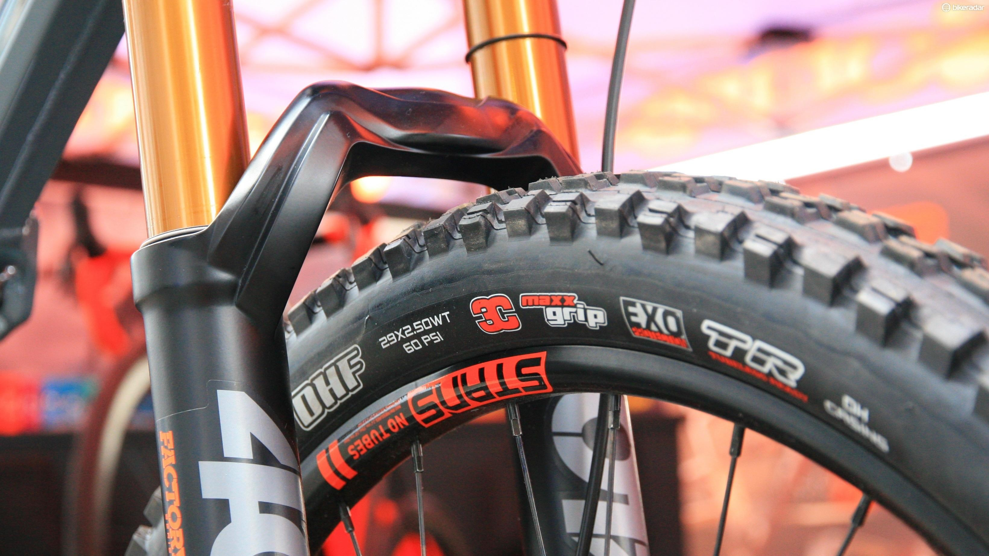 Wide Maxxis tyres are some of the grippiest out there – we're expecting to see more and more of these on tougher 29ers