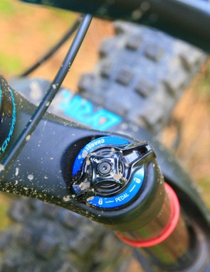 Up front, a RockShox Lyrik RCT3 keeps everything in check