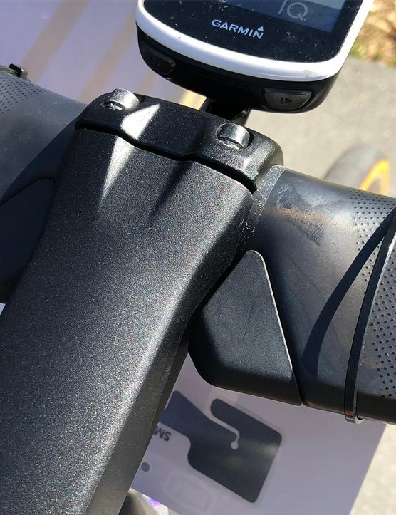 Despite the aero shaping of the bars, at the centre they have a traditional 31.8mm circular tube, so regular bars can be used with the bike