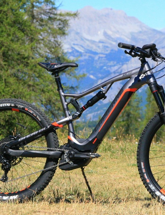 Lapierre's new AM 700i uses Bosch's Performance CX motor for a fun and lively ride