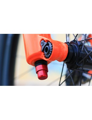 As well as high and low speed compression adjustment, the Fit GRIP 2 damper gives high and low speed rebound control