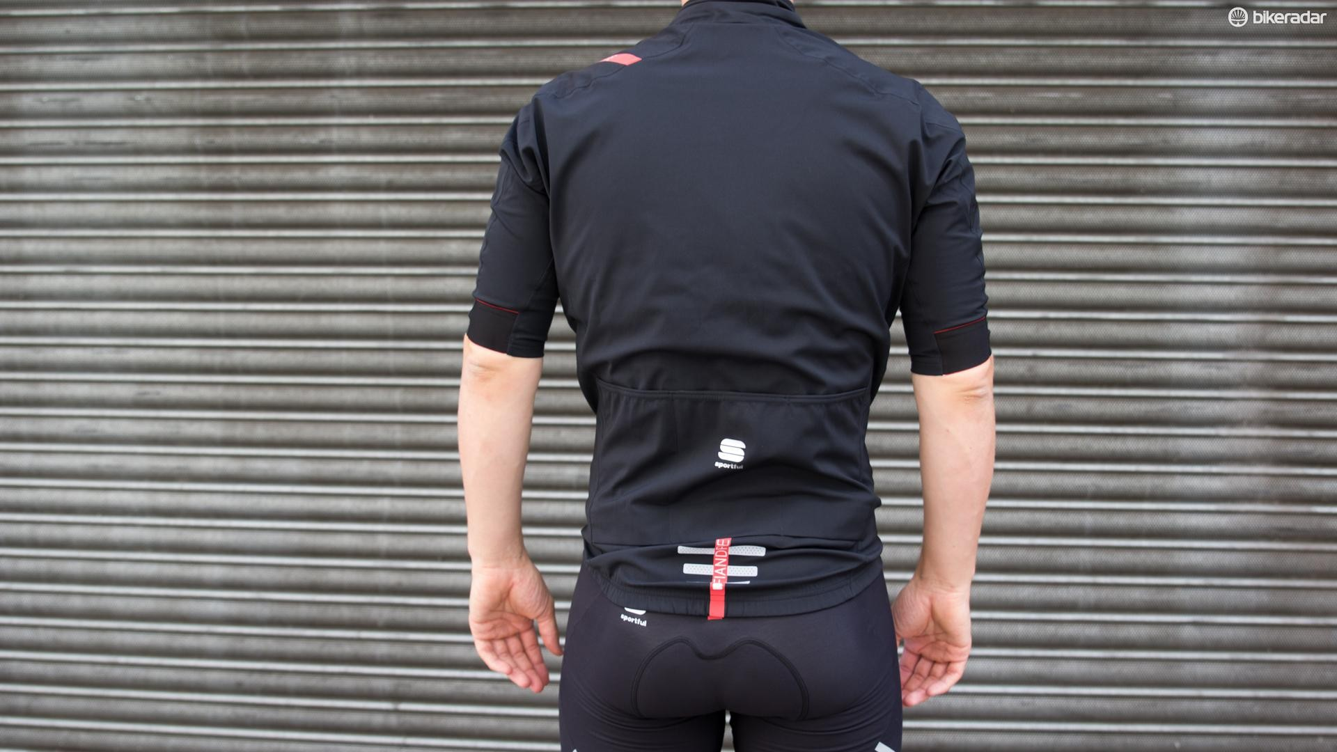 The jacket looks loose and bulky whilst standing, but fits brilliantly in a riding position
