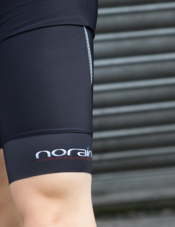 Sportful's NoRain Findre bib shorts are fairly long and comletely cover the thight