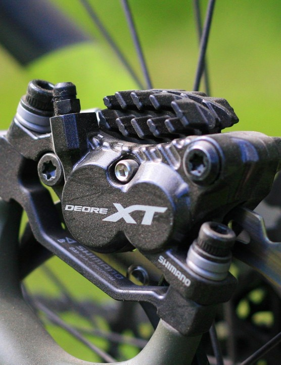 4-pot calipers on the new Shimano XT brakes add power