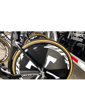 Axeon uses Specialized clinchers on the Zipp discs