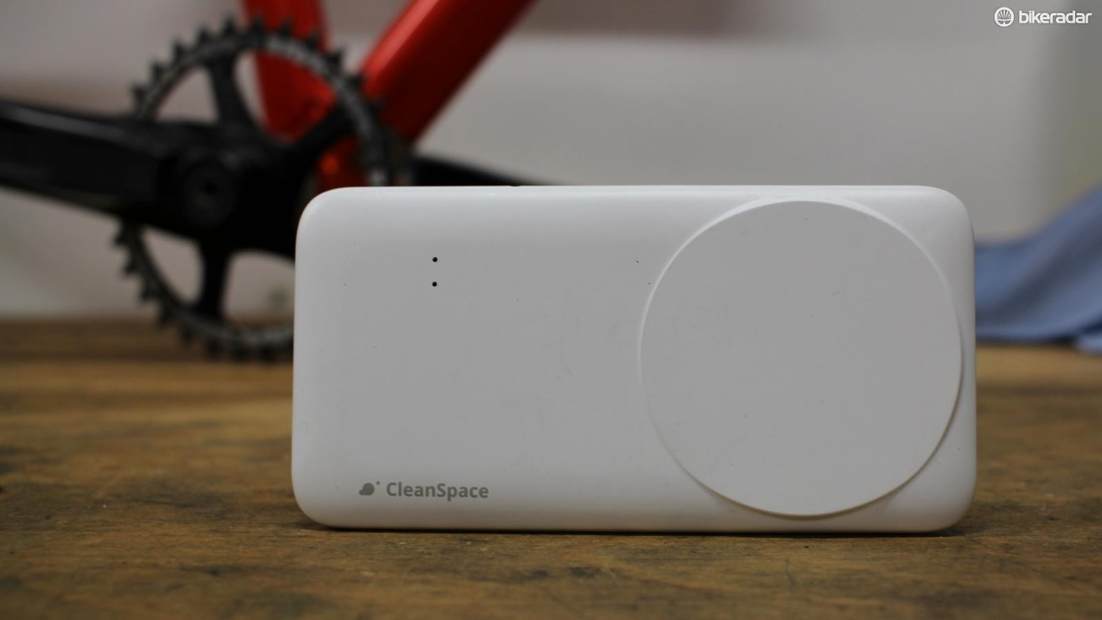How much air pollution are you breathing in? Find out with the CleanSpace sensor