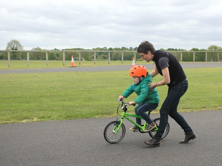 How to teach a child to cycle in 30 minutes