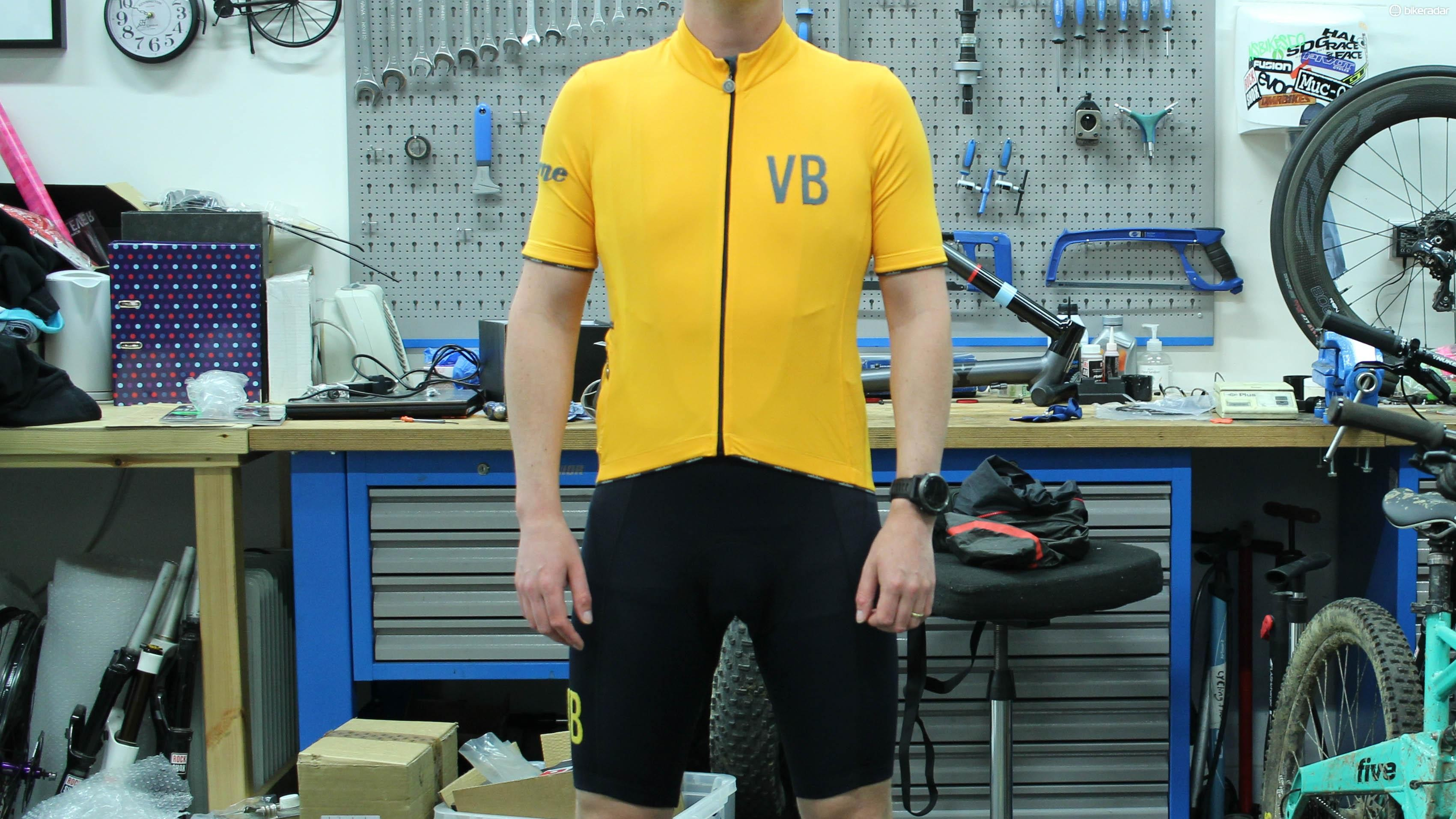 Vélobici's Verne jersey and bibs have classic, clean looks