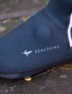 The SealSkinz Halo overshoe has something very clever…