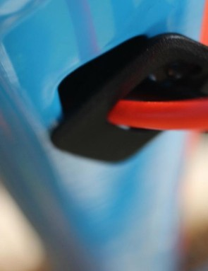 Internal cable routing features again