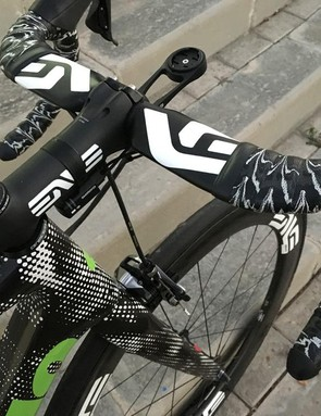 Dimension Data also work with Enve for bars and wheels
