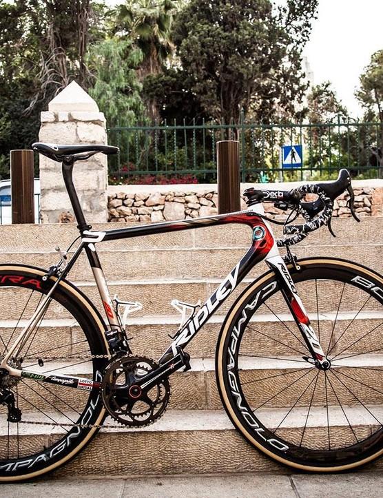 Adam Hansen's custom painted Ridley Helium SLX for the 2018 Giro d'Italia