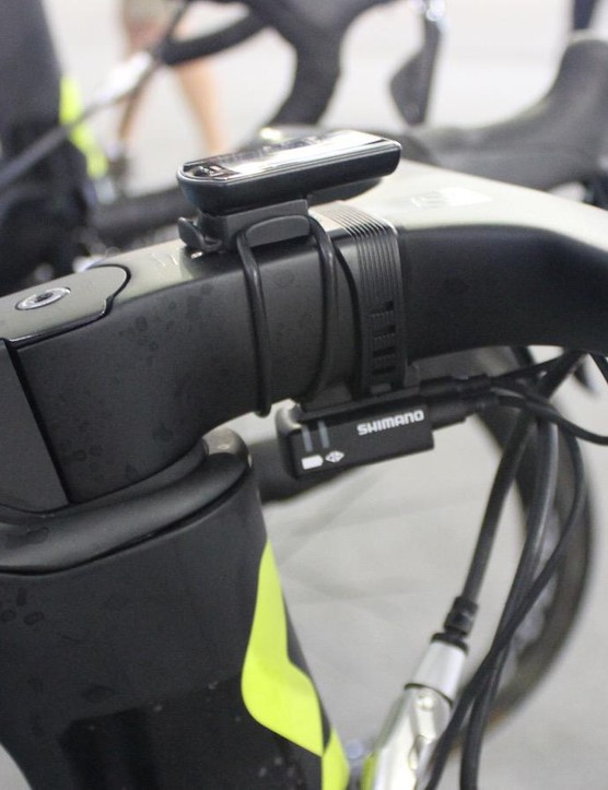 While Simon Gerrans waited for the correct size bars, he used a CatEye computer instead of his usual SRM unit