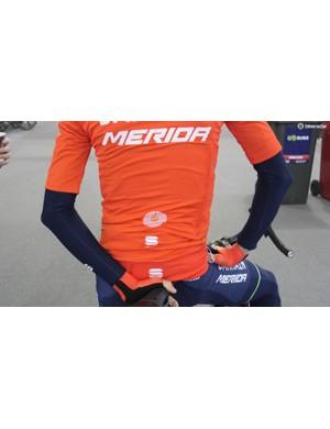 A Bahrain-Merida rider wears a Sportful Fiandre Light jacket for a training ride