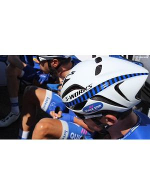 S-Works Evade aero helmet was also seen on Quick-Step riders