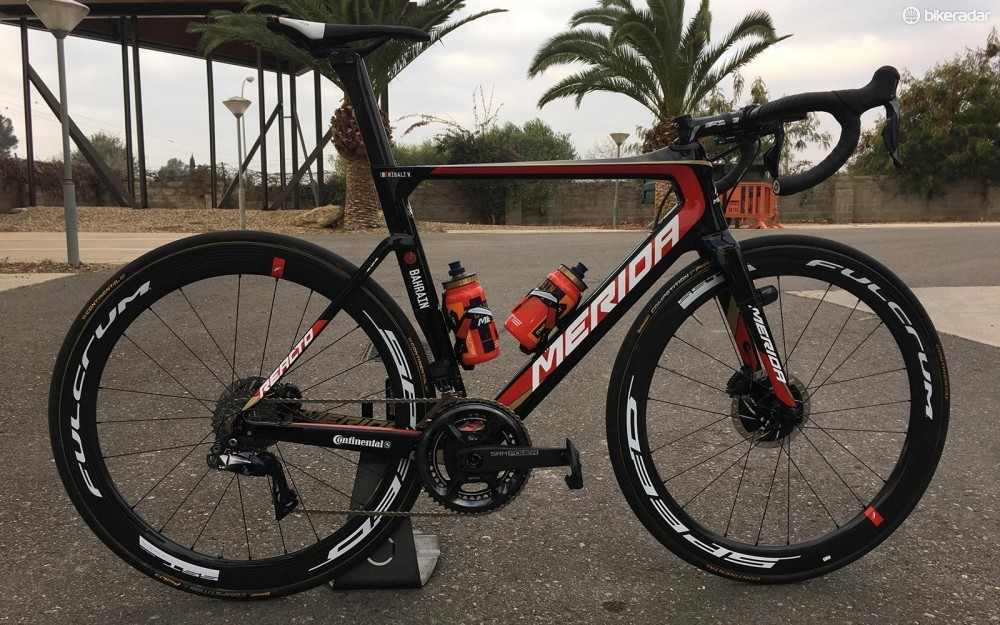 Vincenzo Nibali's Merida Reacto Disc