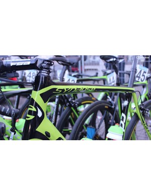 Phinney opted to ride the Cannondale Synapse, whilst the remainder of the team were on Cannondale SuperSix