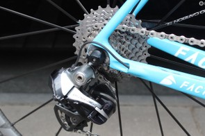 The chainring combination is paired with an 11-28t Shimano Dura-Ace cassette