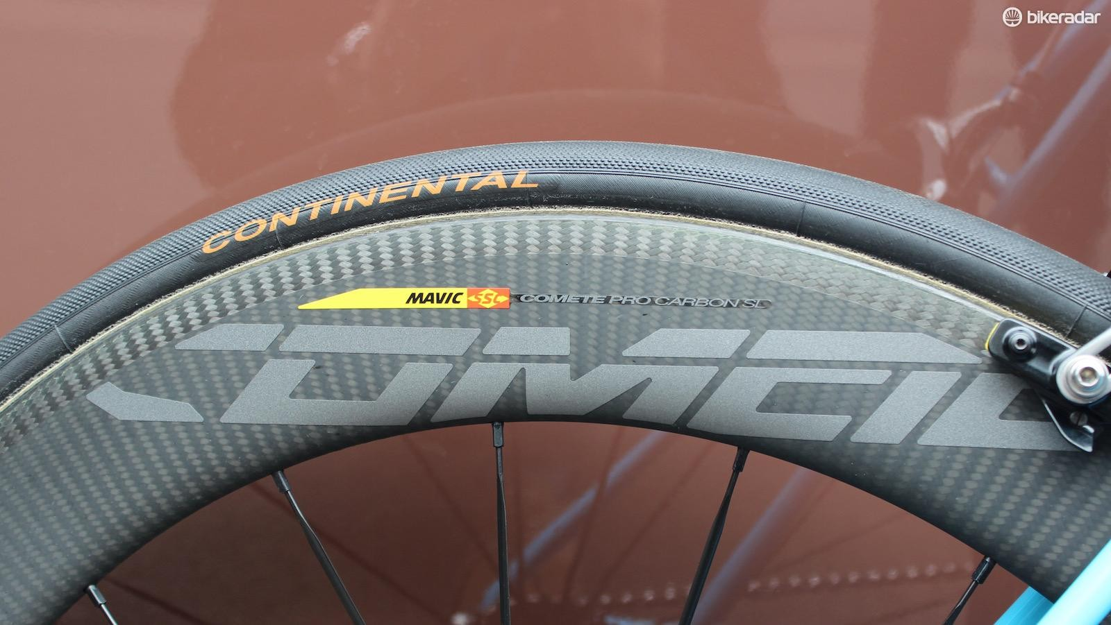 The AG2R La Mondiale were equipped with as yet unseen and unreleased Mavic Comete deep carbon rimmed wheels