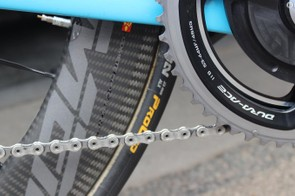 Naesen was running Continental Competition ALX 25mm tyres with the new Mavic wheels