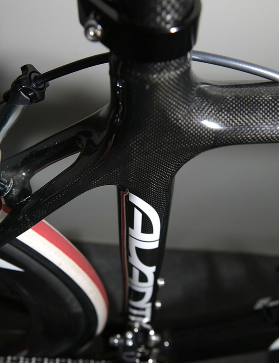 Classic carbon looks, but Avanti says that it's what's under the woven top layer that matters