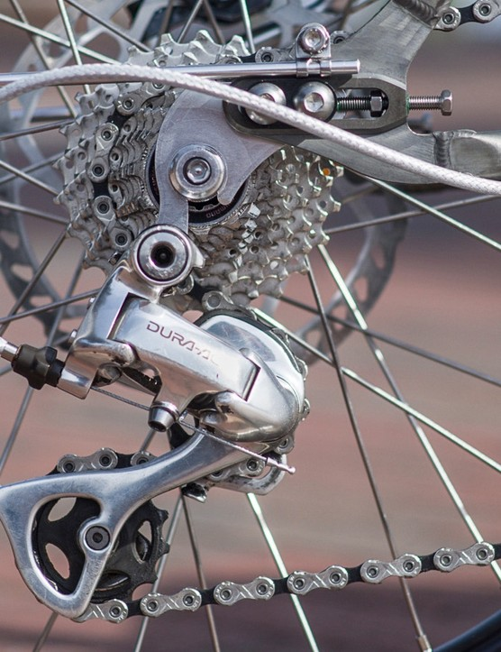 External routing doesn't take away from the bling of vintage Dura-Ace