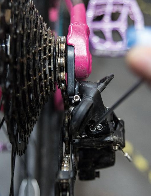 3. Check small sprocket alignment