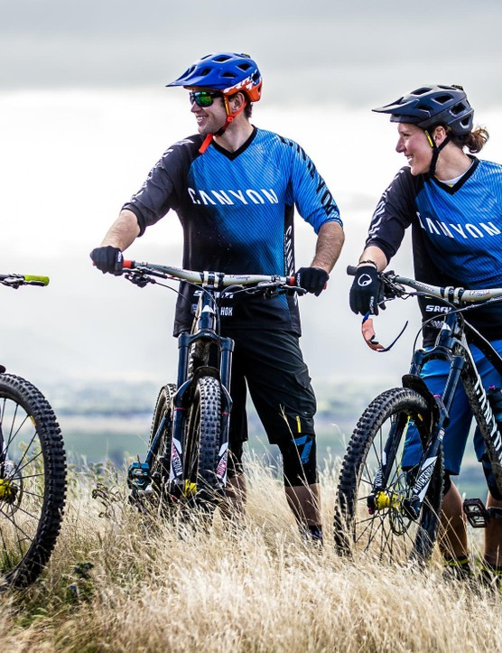 Thoma and her teammates on the Canyon Factory Enduro team; Joe Barnes and Justin Leov