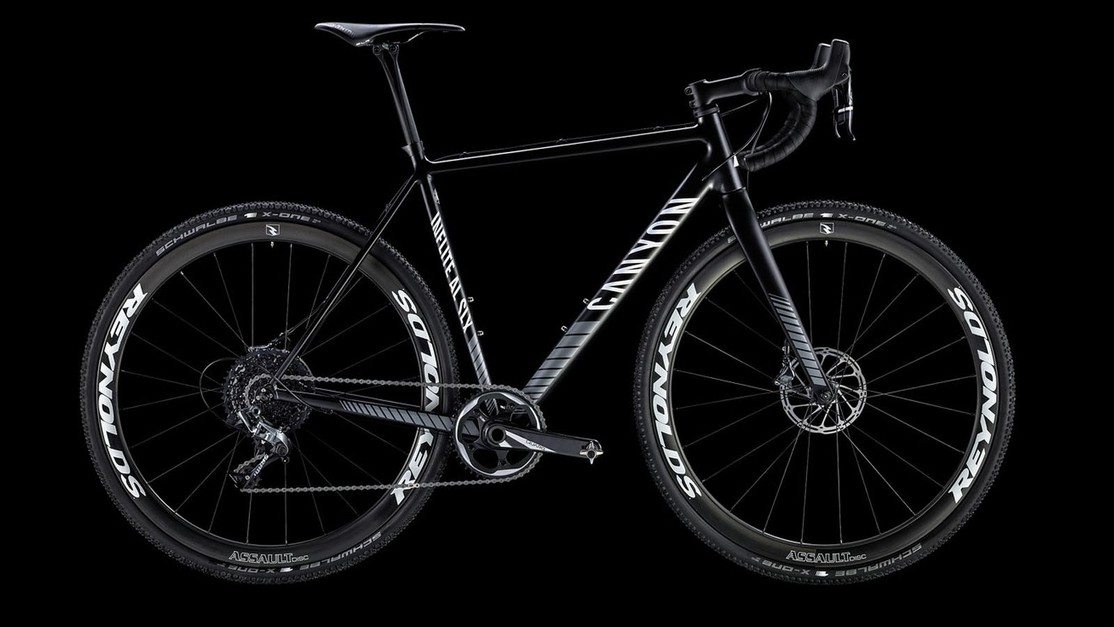 The Inflite AL SLX 9.0 Pro Race is Canyon's flagship racer