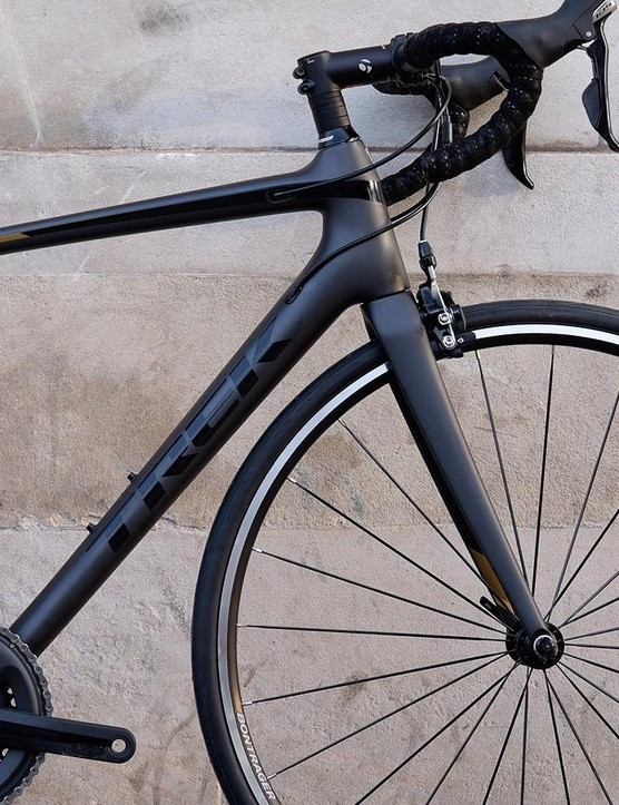The SL 5 is the entry-level carbon model in the Emonda range