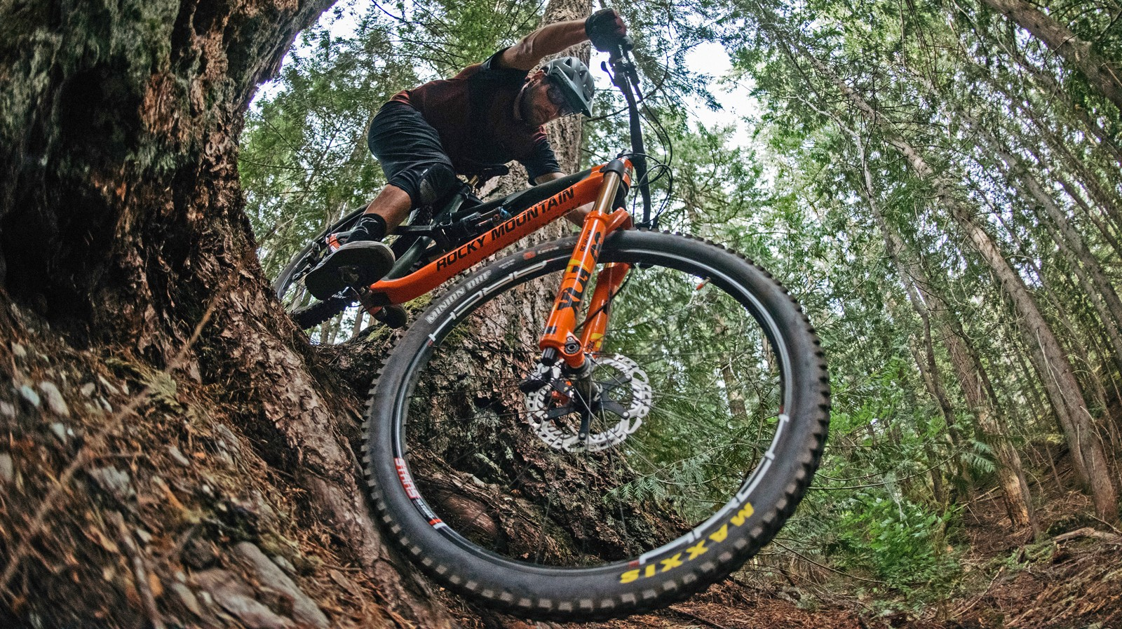 Rocky Mountain states the new Instincts are compatible with wide tread 29er and 27.5+ tires
