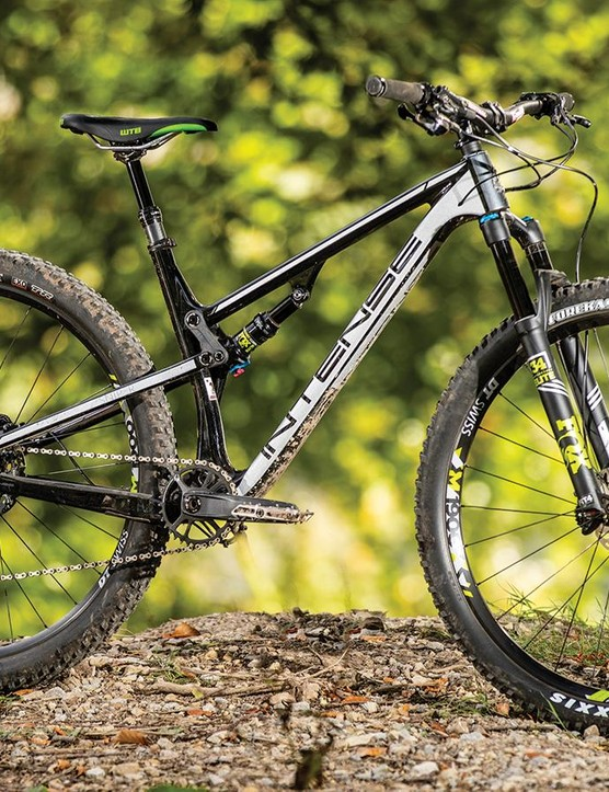 A full-carbon frame built around Intense's 'JS Tuned' twin-link suspension system