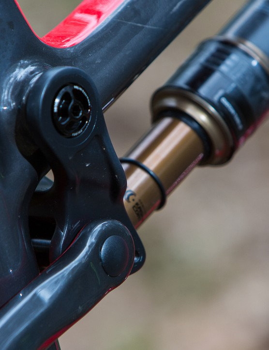The JS Tune suspension gives good bump performance while taming pedal bob